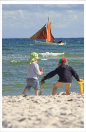 Strandleg på Bornholm