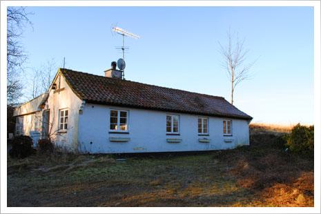 Æblehuset set udefra. Billedet er taget på en kold vinterdag i februar.