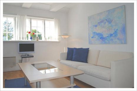 Lejlighed A er en dejlig lys lejlighed for 2 personer.