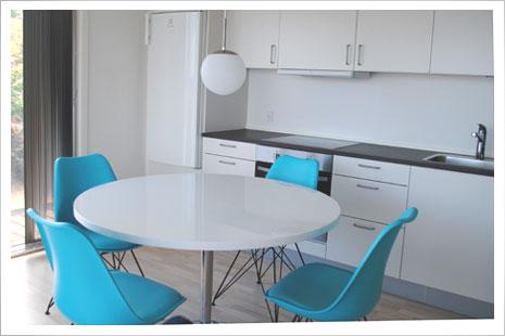 Køkkenet i Sandkaas Sommerhuse.